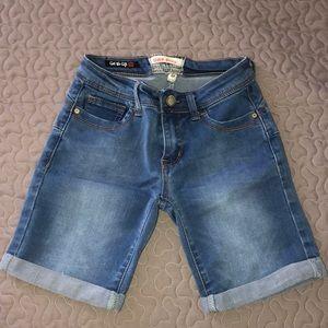 Bermuda Shorts 🍑